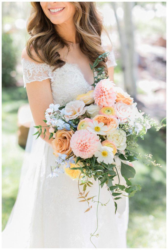 bride bouquet mountain wedding Ritz-Carlton, Bachelor Gulch pink cream
